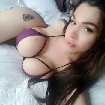 Seksverslaafde op zoek naar neukdate!