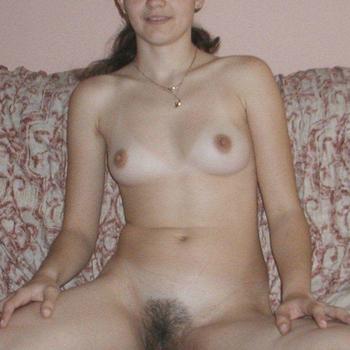 23-jarige jonge vrouw die op zoek is naar seks in Drenthe.
